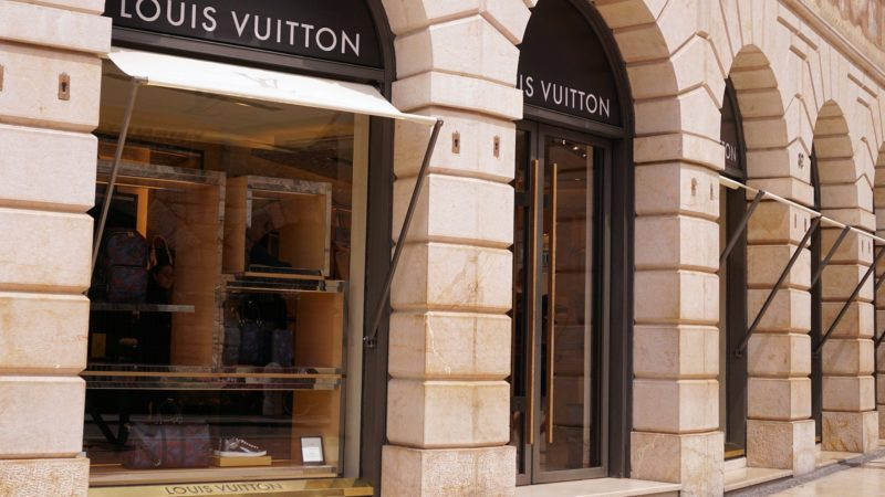 LVMH supports Covid-19 emergency converting perfume factories
