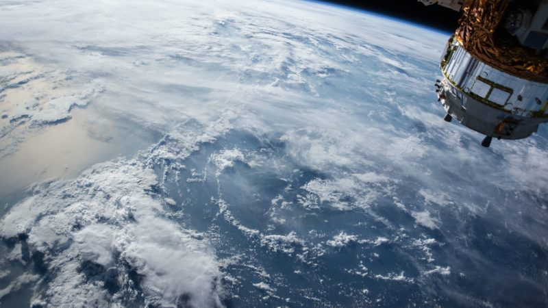 Satellites can help to detect plastic in the oceans