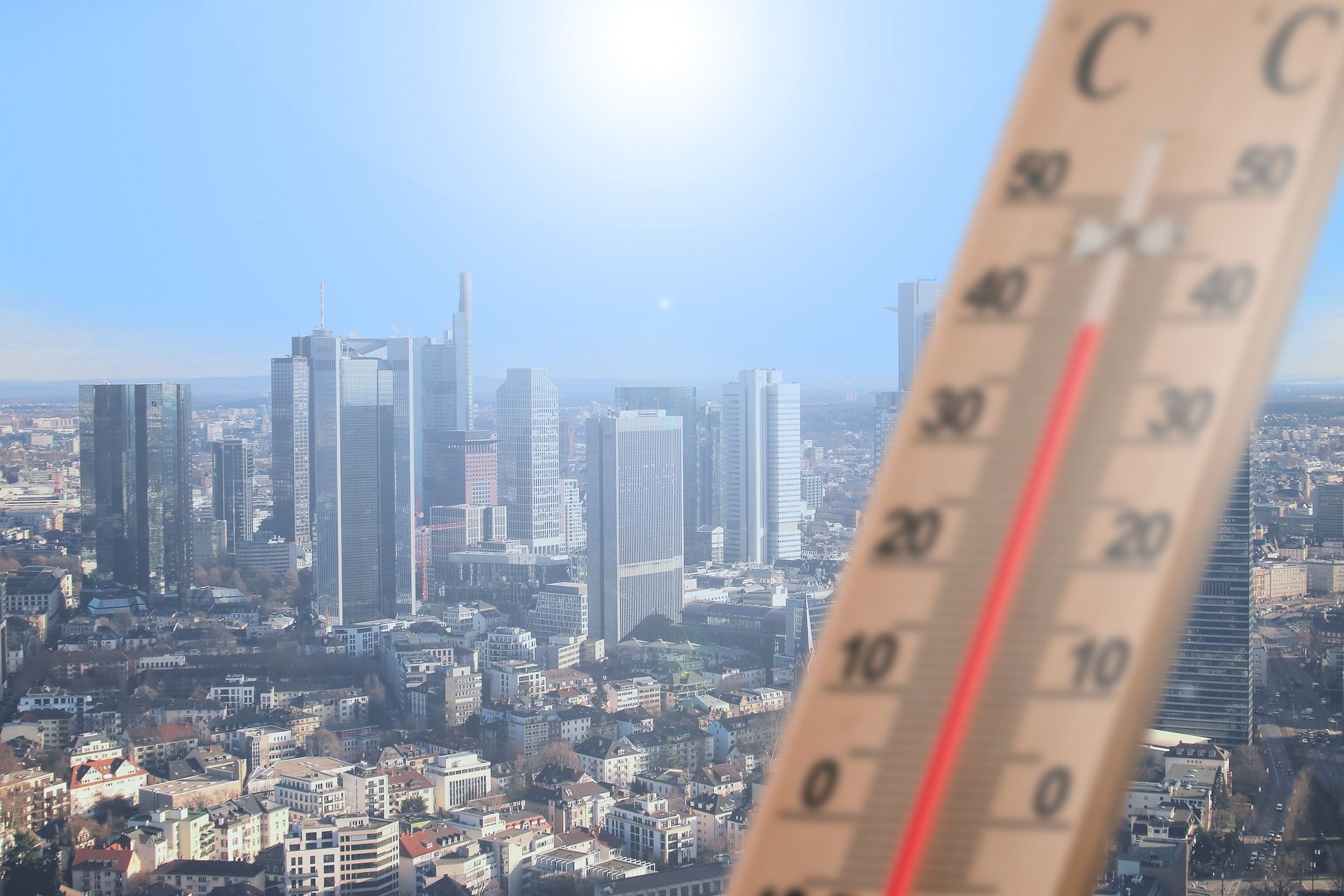Urban heat islands and green solutions